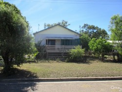 36 MacArthur St Collinsville QLD 4804