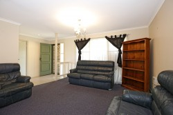 9 Wasdale Place, Bomaderry, NSW 2541