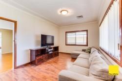 76 Carpenter Street, Colyton, NSW 2760