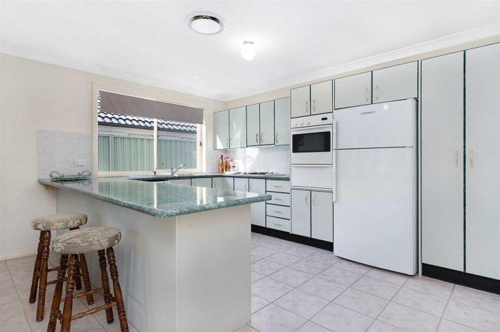41 Cookson Pl, Glenwood NSW 2768, Australia