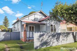 11 Oliver St, Mayfield NSW 2304, Australia