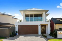 16 Brooklyn Ave, Glenelg North SA 5045, Australia
