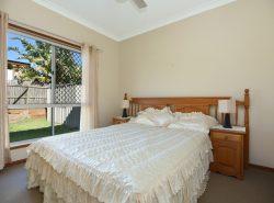 4 Cockatoo Ct, Highfields QLD 4352, Australia