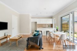 4/7 Leach Avenue, Box Hill North, Vic 3129, Australia