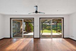 113 Quinliven Rd, Port Willunga SA 5173, Australia
