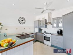 18 Riesling Rd, Bonnells Bay NSW 2264, Australia